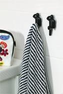 Romantiske blomster i nostalgiske krukker.