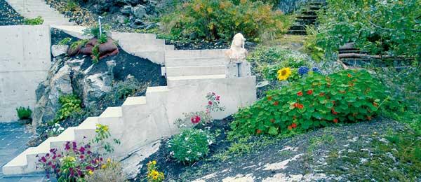 En steinrøys forvandles til en vakker oase