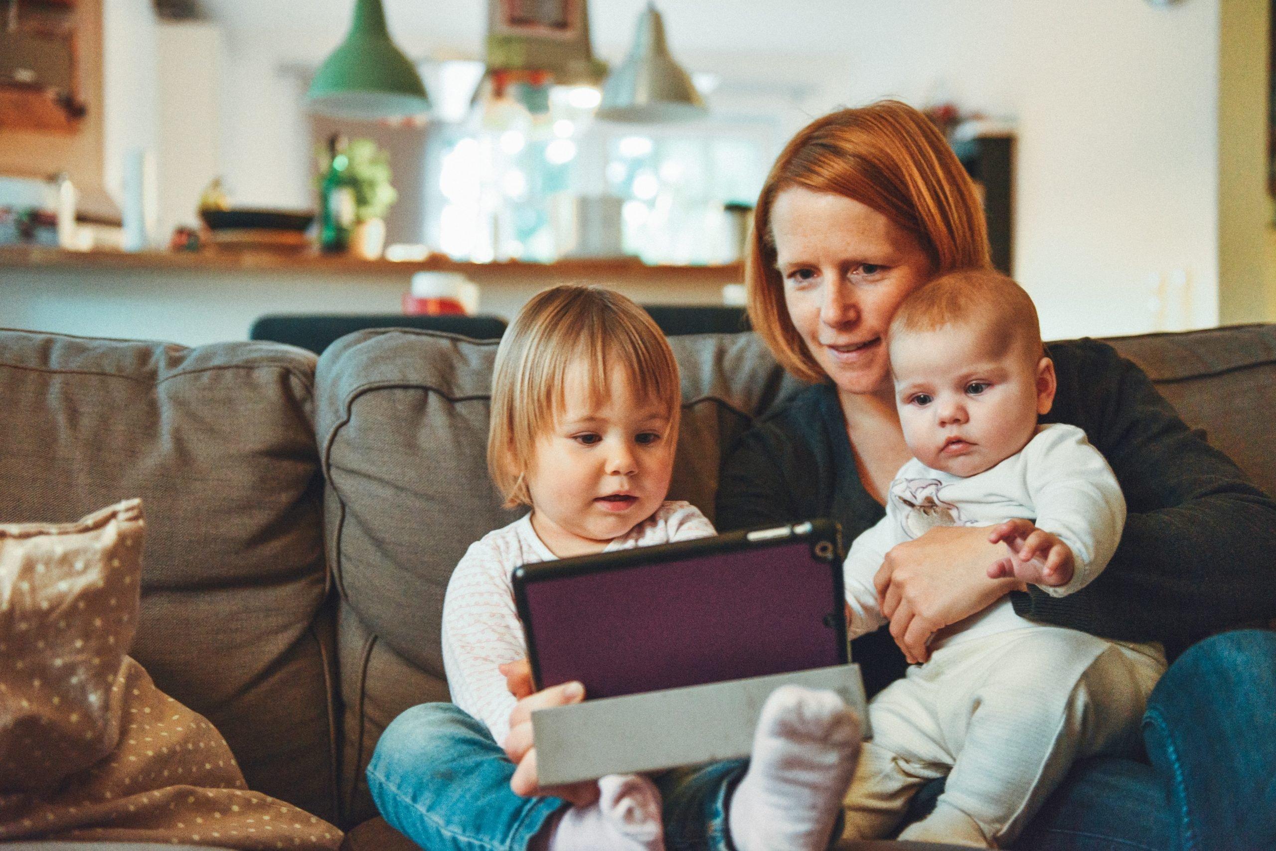 Du og din familie kan få en alarmløsning, der er nem at betjene for både voksne og børn.