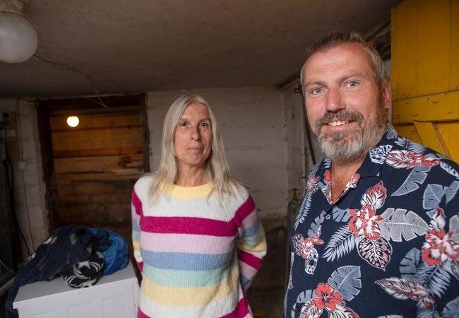 """Irene og Gunnar ryddet kjelleren i to omganger. """"Ozoneair fikk stå i åtte timer."""""""