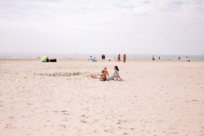 Mennesker på Marielyst strand
