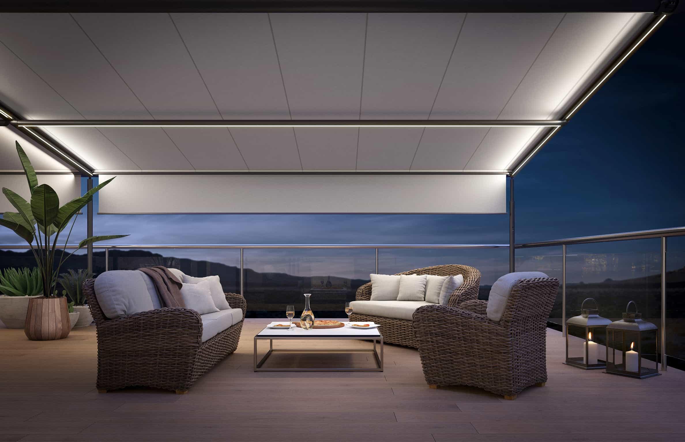 """""""Pergola"""" fra Markilux er et fleksibelt markisesystem til små og store arealer. Med vertikale sidemarkiser kan den forvandles til et hyggeligt udendørs rum."""