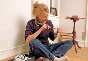 Skifte ledninger i elektriske installationer.
