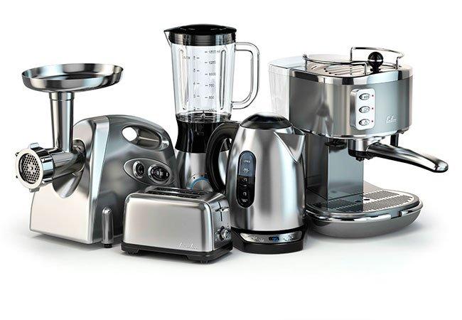 Køkkenapparater som blender, kødhakkemaskine, brødrister.