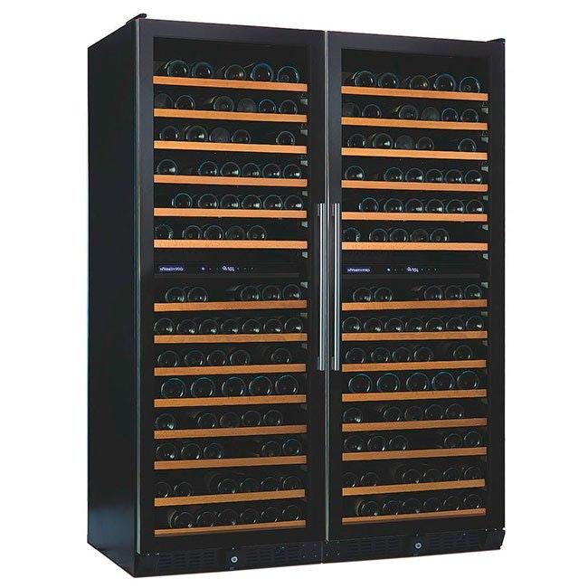 Luksus vinkøleskab med to kølezoner og to låger.