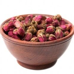 Potpurri: Tørk roseknopper og bruk dem i en skål som potpurri.