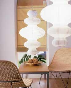 Handklaver taklampe til 59 kroner, er en etnisk inspirert lampe, helt i tråd med dagens trend. (Foto: IKEA)