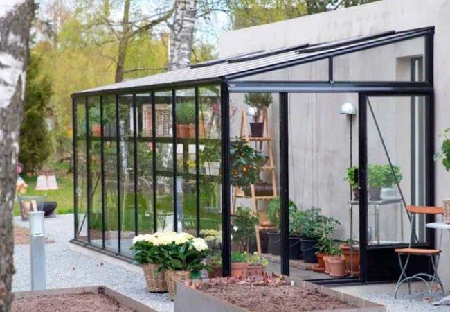 Vægdrivhus fra Willab Garden på 7,2 kvadratemter