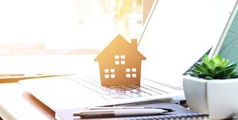 Simpelt låneoverblik - papirer om huslån og økonomi