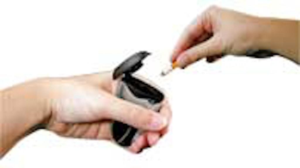 Rygere kan skodde cigaretten i den lille boks