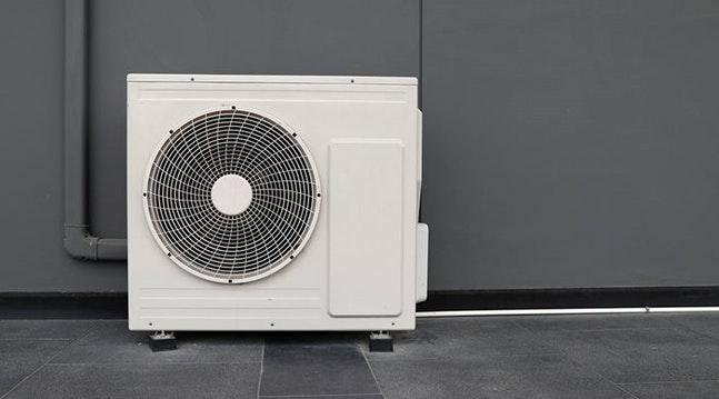 Tilskud til varmepumper har sat skub i salget.